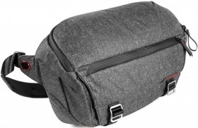 PEAK DESIGN Fourre-Tout Everyday Sling 10L Charcoal (destock)